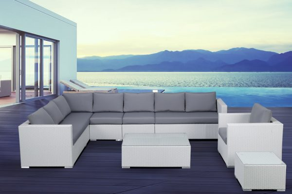 White Wicker Lounge Set for Outdoors by Velago
